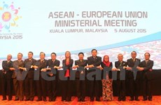 ASEAN, partners vow to boost cooperation for regional development