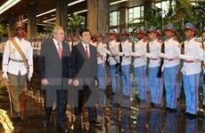 Vietnamese, Cuban Presidents hold talks