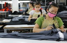 Laos intensifies management of foreign labourers