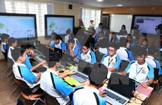 IT-based class piloted at Hanoi's high school