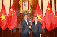 President calls for increased Vietnam-China political trust