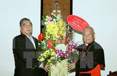 Xmas greetings to Catholics, Protestants in Hanoi
