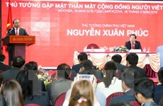 PM meets Vietnamese community in Russia