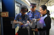 Passenger trains to have extra seats during Tet