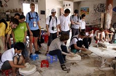 Hanoi's youth take craft village tour