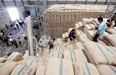 Thailand's exports predicted to drop 5 percent in 2015