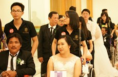 HCM City holds joint wedding ceremony for disable couples