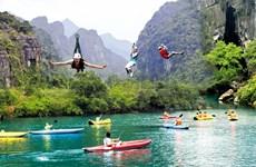 Kayak club debuts in Da Nang