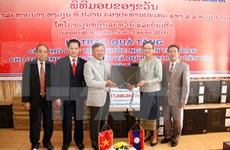 Vietnam helps Lao develop education