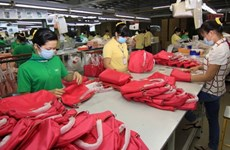 Bag, hat, wallet exports at 2.8 billion USD