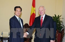 Russian ambassador reviews 2015 bilateral ties with Vietnam