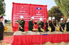 Hanoi helps Vientiane build military traditional house