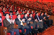 Party Congress delegates support policy on equal business playground