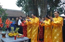 Pen-brush opening tradition enacted in localities