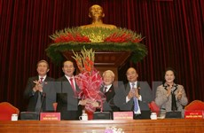 Party, State leaders congratulate Party chief on re-election