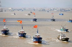 China accused of using navy to intimidate fishing vessels in East Sea