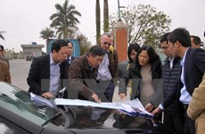 World Bank surveys coastal road construction in Thai Binh
