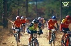 Int'l cycling championship kicks off in Da Lat