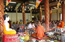 VFF leader congratulates Khmer people on Chol Chnam Thmay festival