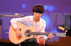 Korean guitar prodigy to perform in Vietnam