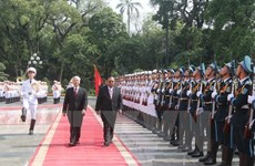 Vietnamese, Lao Party leaders underscore bilateral friendship