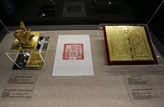 Hue displays royal golden books