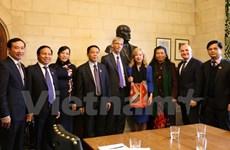 Vietnam, UK enhance legislative ties
