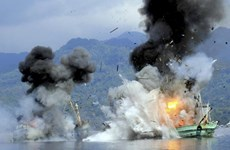Indonesia to blow up illegal foreign fishing boats