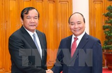 PM requests promoting Vietnam-Cambodia cooperation mechanisms
