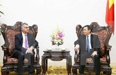 Deputy PM hosts Standard Chartered Vietnam's CEO