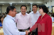 Top legislator meets with Can Tho voters