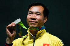 Olympic star Vinh receives hero's welcome home