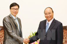 Prime Minister meets France-based Vietnamese professor
