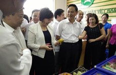 Supermarket for safe farm products opens in Hanoi