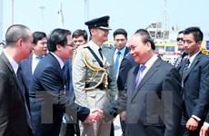 Prime Minister Nguyen Xuan Phuc visits Chinese Hong Kong