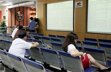 Vietnamese stocks still on downward trend