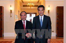 PM meets chief executive of Hong Kong special administrative region