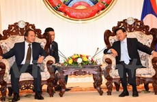 Lao PM asks for Vietnam's support in e-government building