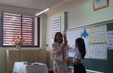 Hanoi launches pilot Japanese, Korean classes