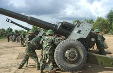 Vietnamese, Cambodian artillery forces boost ties