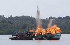 Indonesia seizes two Chinese fishing vessels