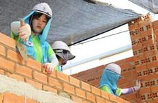 International volunteers build houses for the poor in Phu Tho