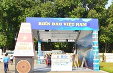 Hanoi Book Fair 2016 opens at Thang Long Citadel