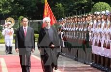 Iranian President pays state visit to Vietnam