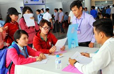 Nearly 500 people recruited at job fair