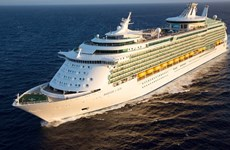 Chan May Port welcomes Mariner of the Seas cruise ship