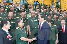 President asks for veterans' active role in corruption fight