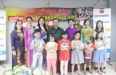 First Vietnamese language class opened in Malaysia