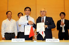 Japan provides grants for transport, health projects in Vietnam