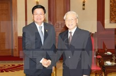 Party General Secretary greets Lao Prime Minister